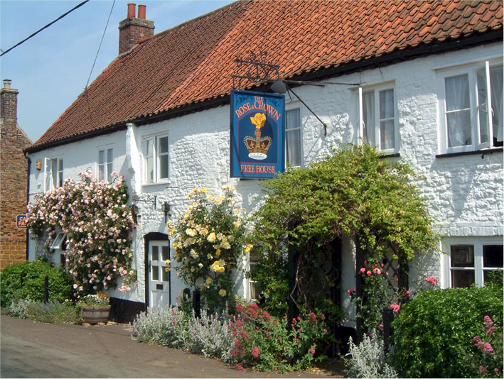 The picturesque Rose & Crown in Snettisham